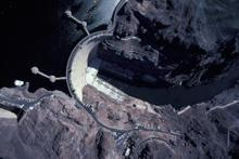 Hoover Dam (Copyright © Michael Collier)""